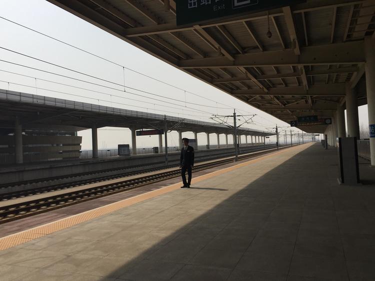 """沈铁主动应对台风""""巴威""""影响 全力确保铁路运输安全"""
