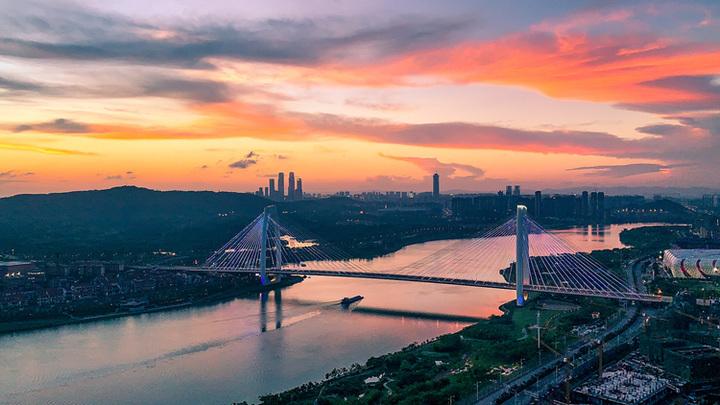 1-4月南宁规上服务业快速增长 同比增长32.1%