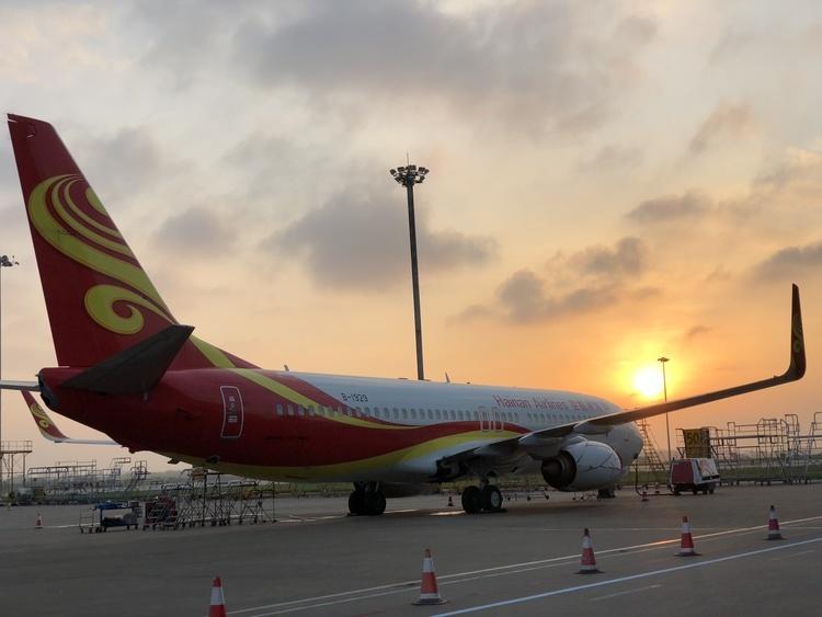 云南春运首日 昆明机场旅客吞吐量近8万人次