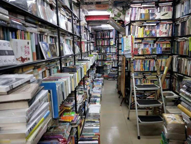河南省图书馆春节期间照常开放