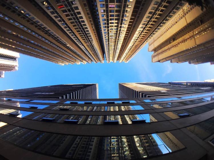 中国建筑22万名建设者就地过年 多个工程快速推进
