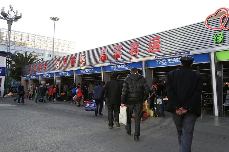 云南19地发布疫情最新防控要求 多地倡议务工人员
