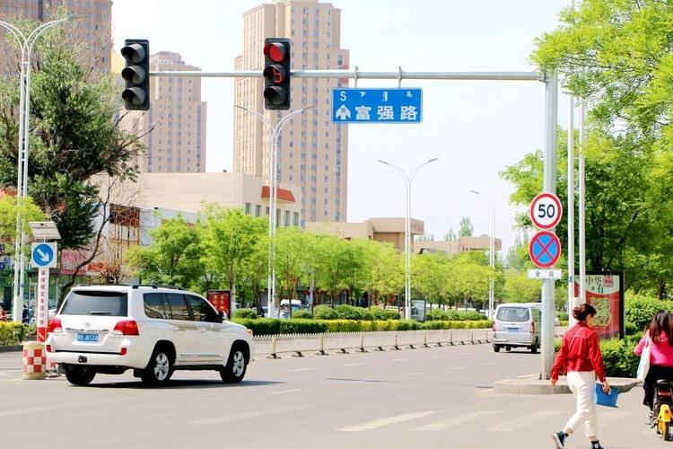 金凤区嘉誉里北侧规划路计划7月开工