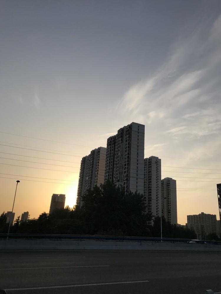 龙湖世茂旭辉背后的美国资本魅影