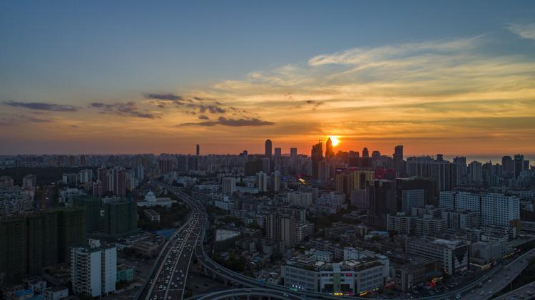 4号线南延2023年5月通车,地铁2号线东延2025年底开通!