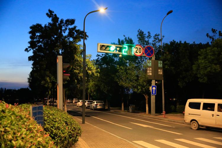"""大浪街道不断补齐民生短板 创建文明城市为市民幸福""""加码"""""""
