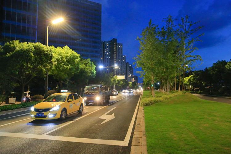 """哈尔滨市9城区单体楼试点""""刷脸""""进门"""