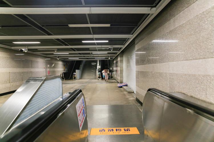 深圳地铁6号和10号线开门迎客!4条新线同步开工