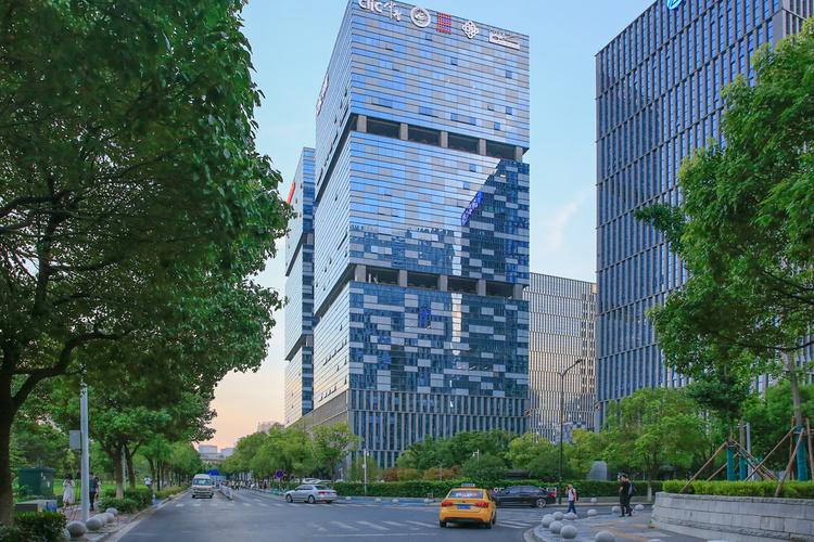 2020年八成城市租金同比下降,上海同比涨幅居榜首