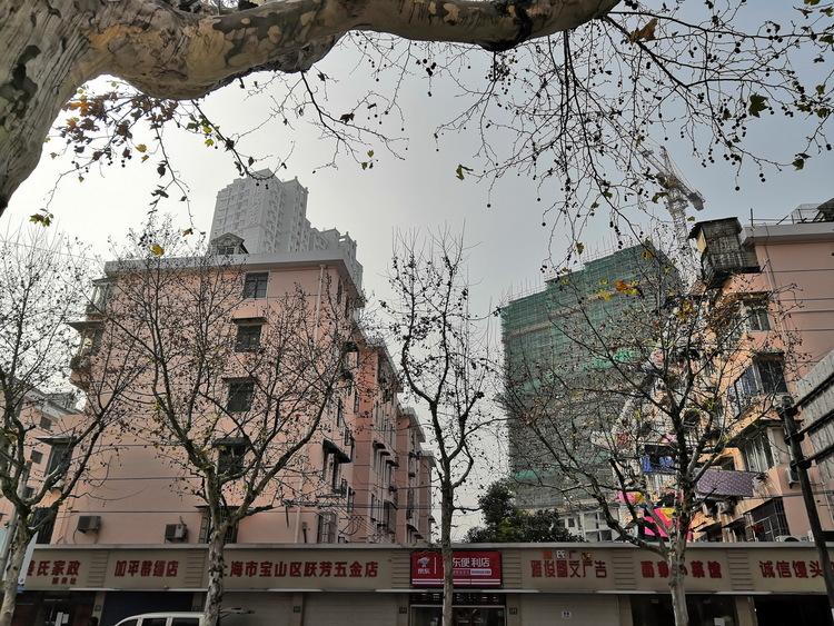 """""""高龄""""小区焕新生!石景山古城南路社区完成老楼改造"""