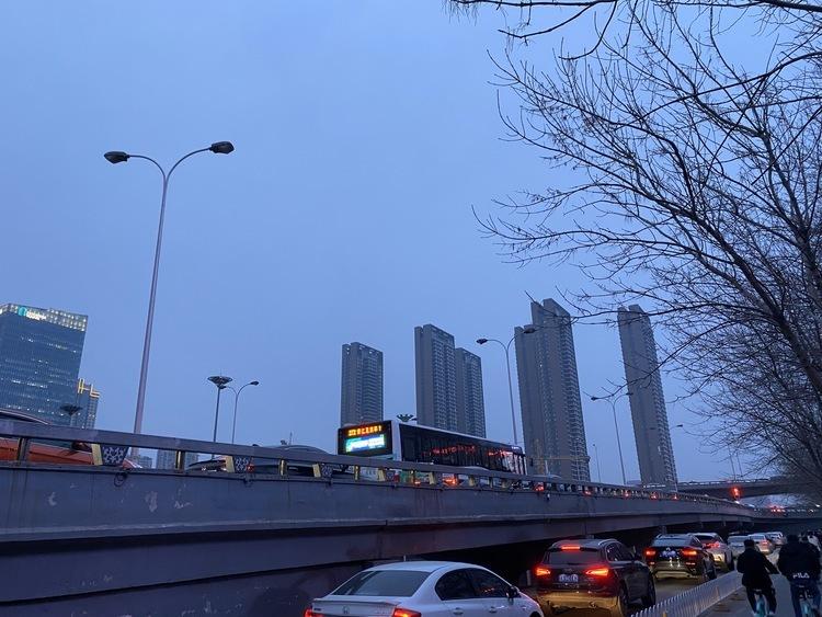 上海市数据条例草案公开征求意见:创设公共数据授权运营机制,加强培育数据要素市场建设