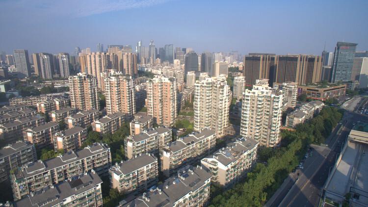 总价200万以内买哪里?新房还是主城区带学区的老破小?