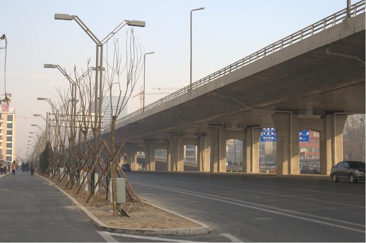 南宁市七星路将临时交通管制 机动车单向通行