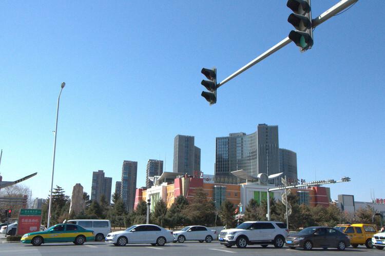 哈尔滨市交警专项整治快递外卖车辆交通违法