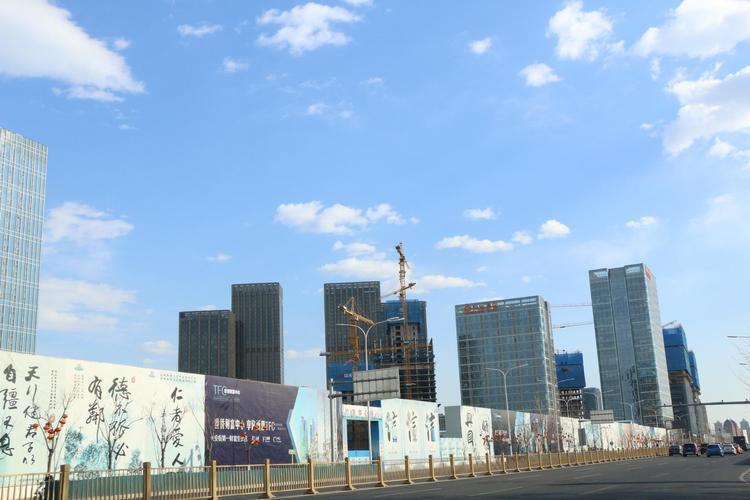 一季度城市副中心经济保持回升向好态势