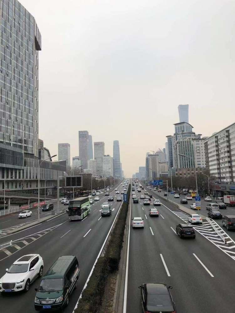 """杭州某小区车位13万起拍,不少业主""""强烈反对"""",太贵了!"""