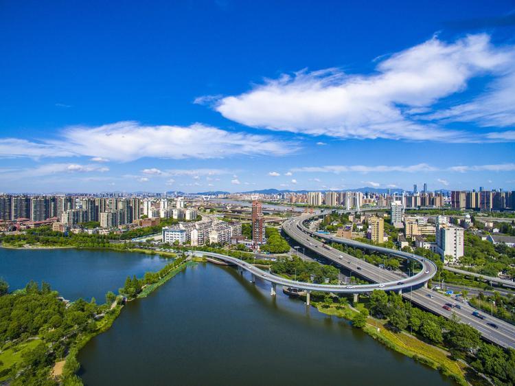 香港特区政府:想方设法增加土地及公共房屋供应