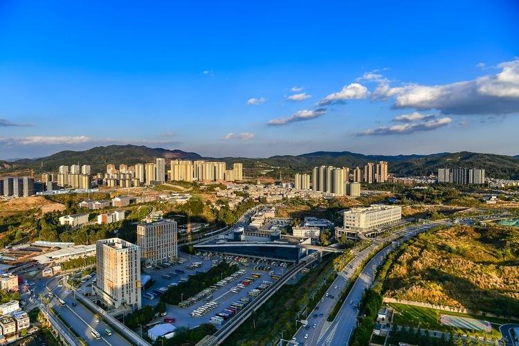 2020年城市GDP百强榜发布:昆明排全国第31位 曲靖首次入围