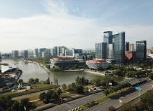 发改委:城区常住人口300万以下城市落实取消落户限制