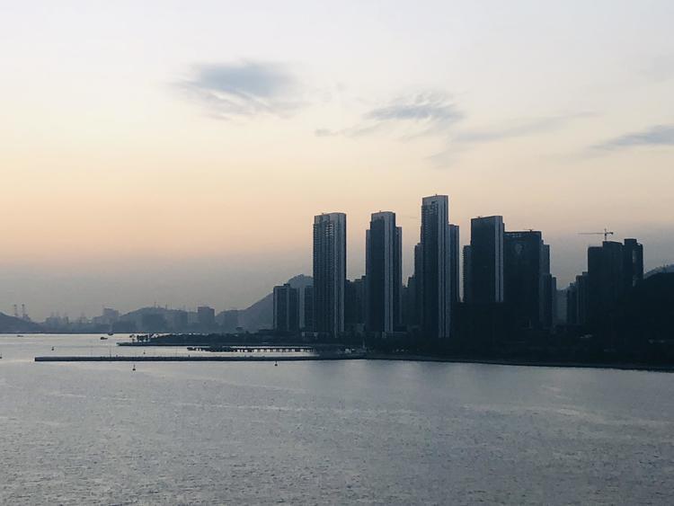 深圳住房自有率全国最低,调控和房价会怎么走?