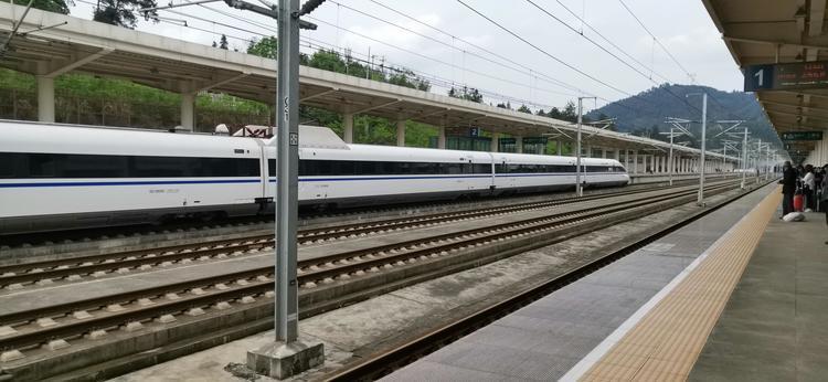 10月云南滇东地区铁路客货运量明显回升 较上月增长12.6%