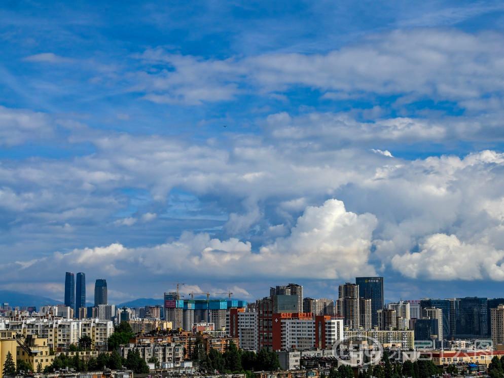 云南昆明城市风光