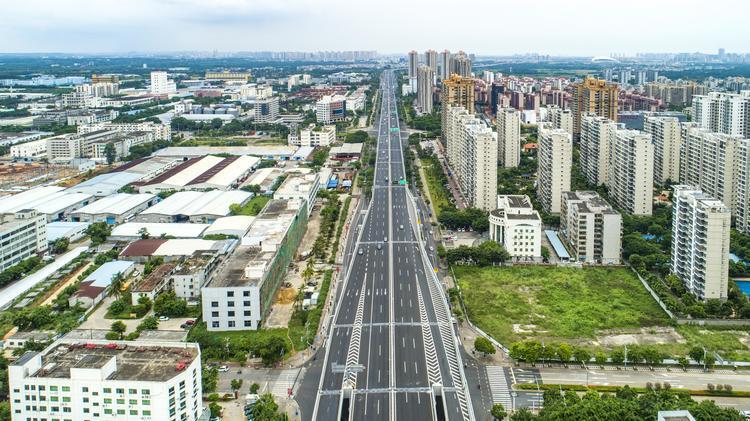 清明假期三天中国发送旅客1.4452亿人次