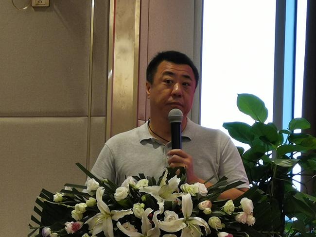 重庆市建筑装饰协会副会长兼秘书长韩波先生