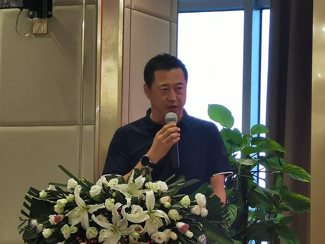 新品界装饰董事长杨晓东先生