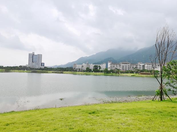 旗山湖实景图