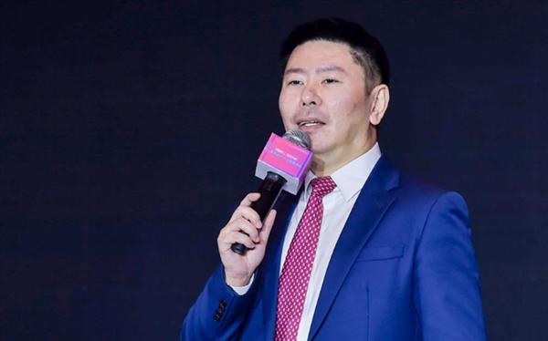 易居企业集团副总裁,易沃教育联席董事长、CEO 朱栩