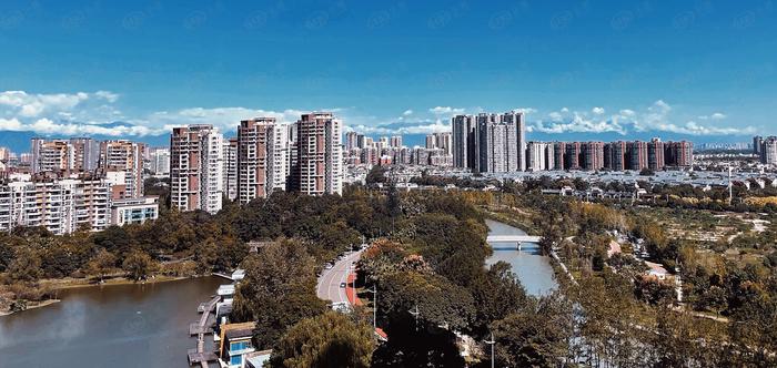 一半多的土地做园林绿化 光华新城二改纯居大盘单价2.3万/㎡起
