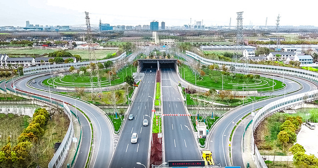 虹梅南路隧道实景图