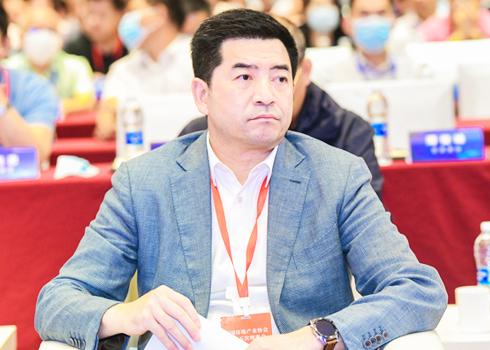 綠城中國董事會主席 張亞東