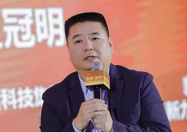 新力控股集团副总裁、新力服务集团董事长兼总裁 闭涛