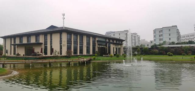 郑州市家居装饰设计商会走进平顶山会员企业