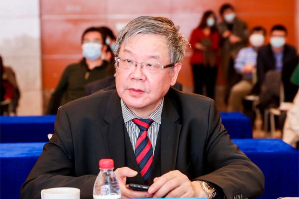 上海易居房地产研究院院长、华东师范大学终身教授 张永岳