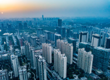 别再幻想大跌,2021郑州楼市政策面,是上车还是观望?